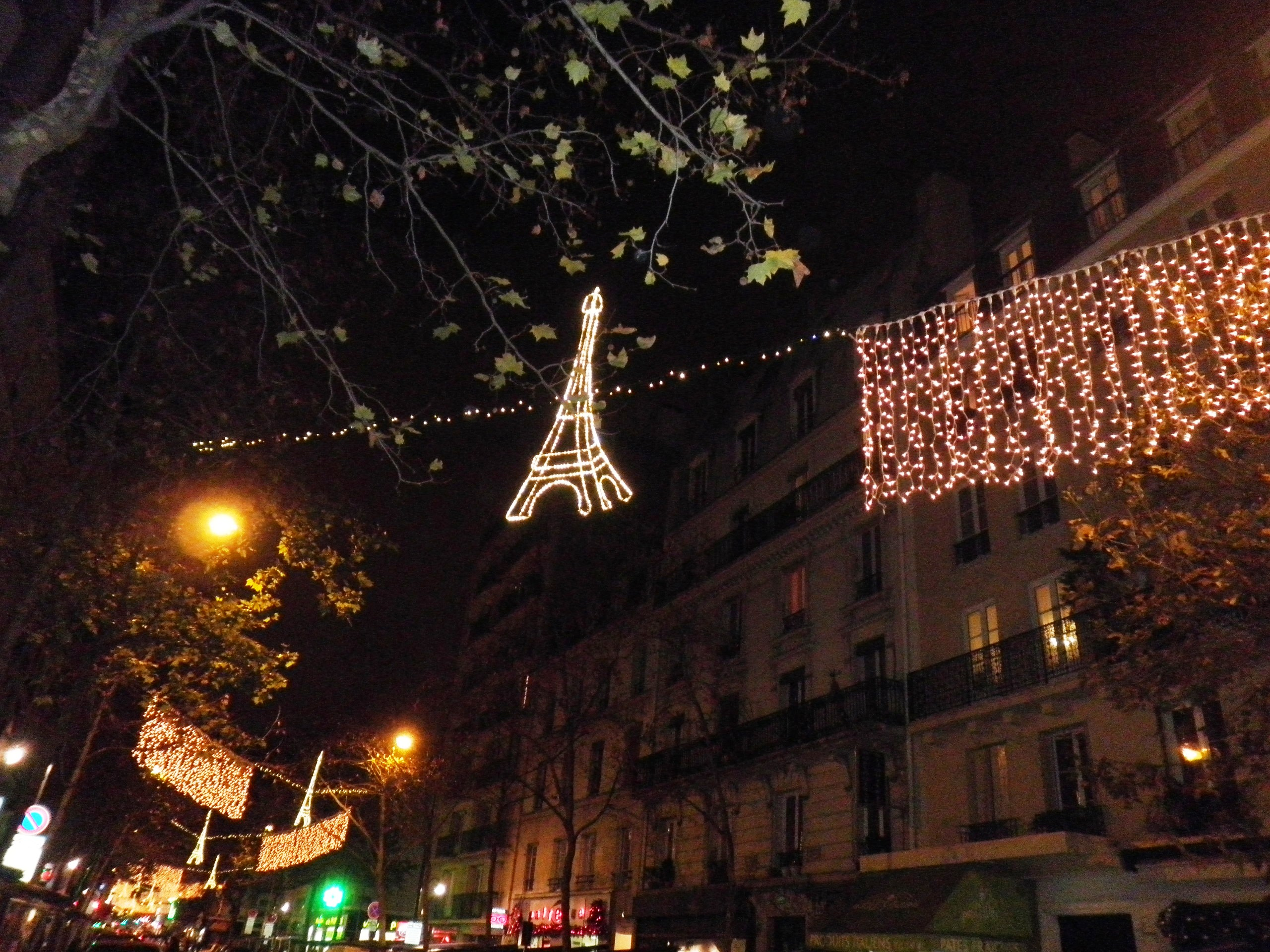 TOUR EIFFEIL PARIS NOEL