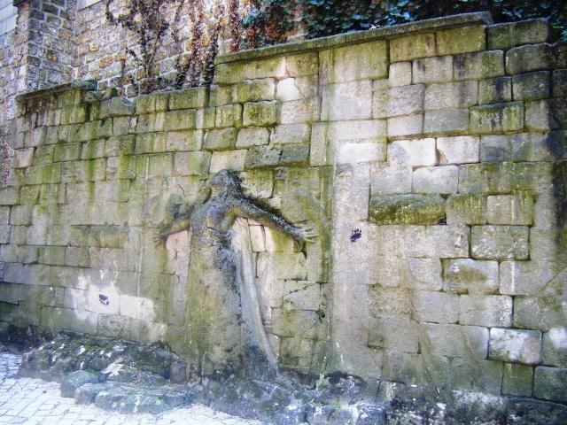 Le-Mur-des-Révolutions