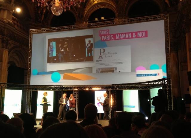 Paris Maman et Moi reçoit le Golden Blog Awards du Meilleur Blog sur Paris
