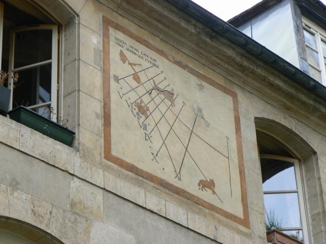 Cadran solaire du 12 rue des Minimes