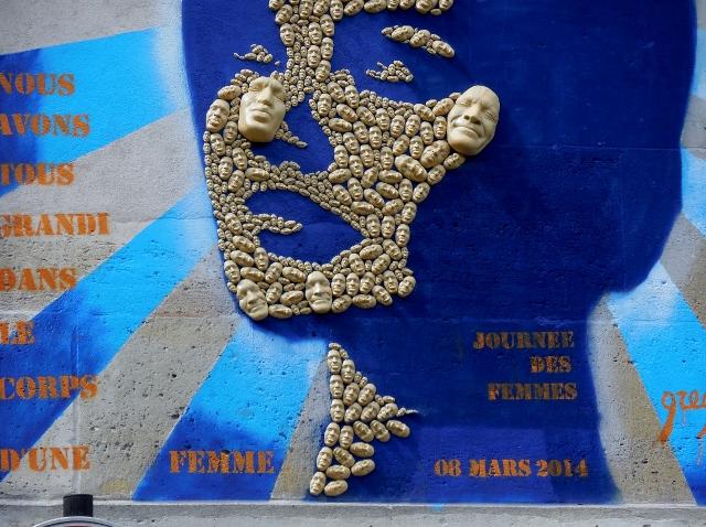 100 hommes et 1 femme Par Gregos - Artiste de Street Art
