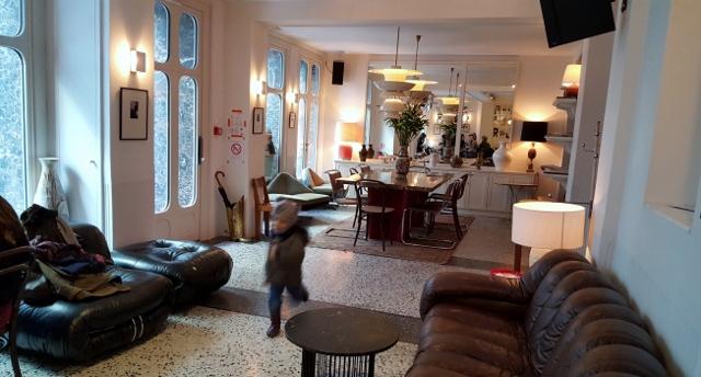 h tel le pigalle un h tel de quartier parisien. Black Bedroom Furniture Sets. Home Design Ideas